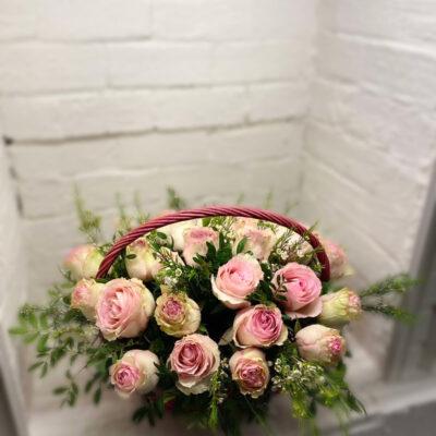 Композиция в корзине Нежность розы